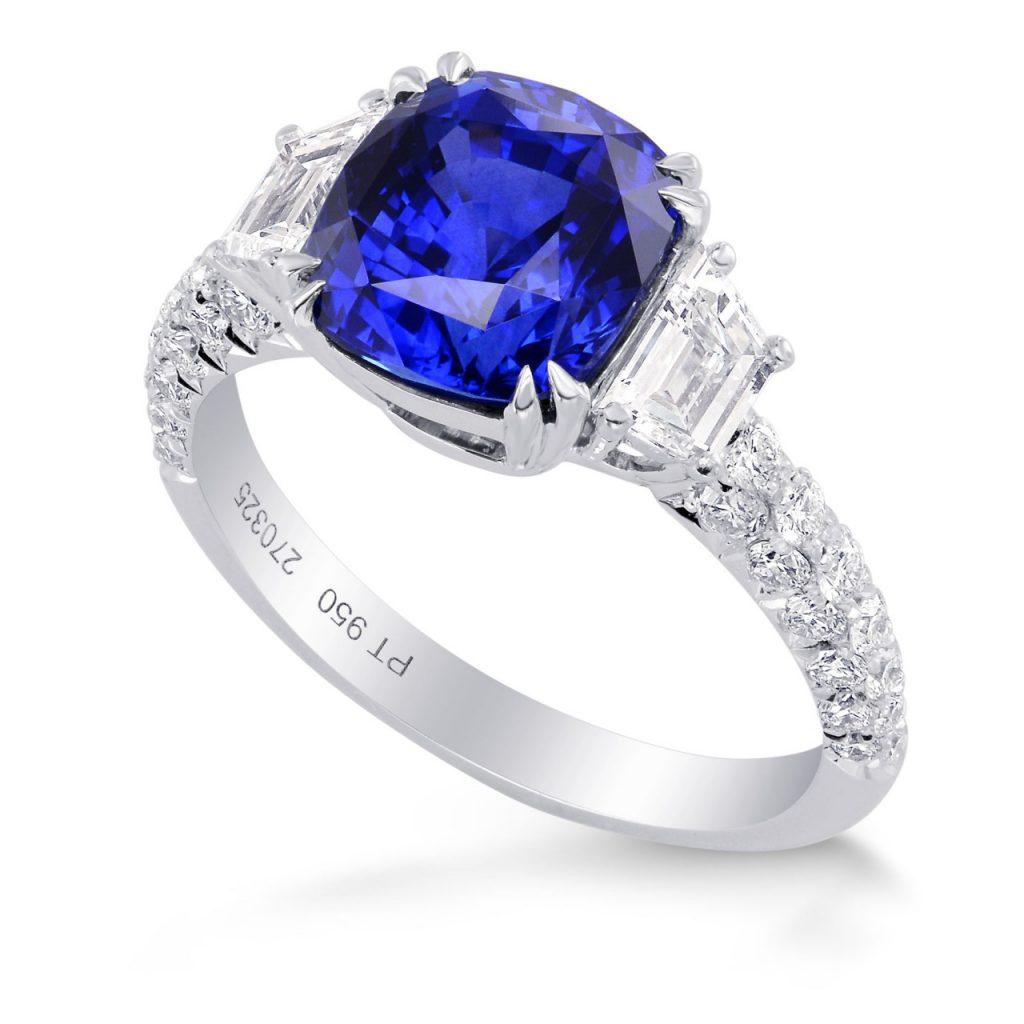 3.94ct Natural Blue Ski Lankan Sapphire